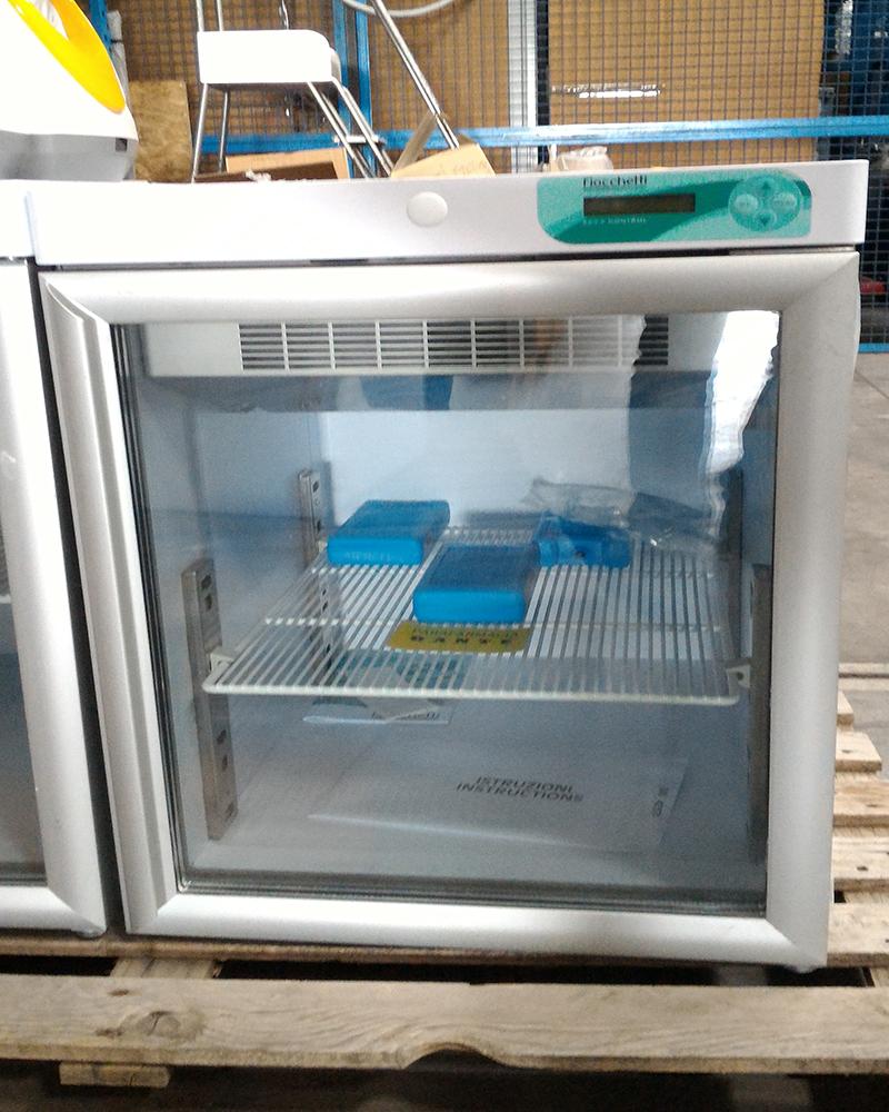 Mini frigoriferi scaffali usati bologna compravendita for Mini frigo usato