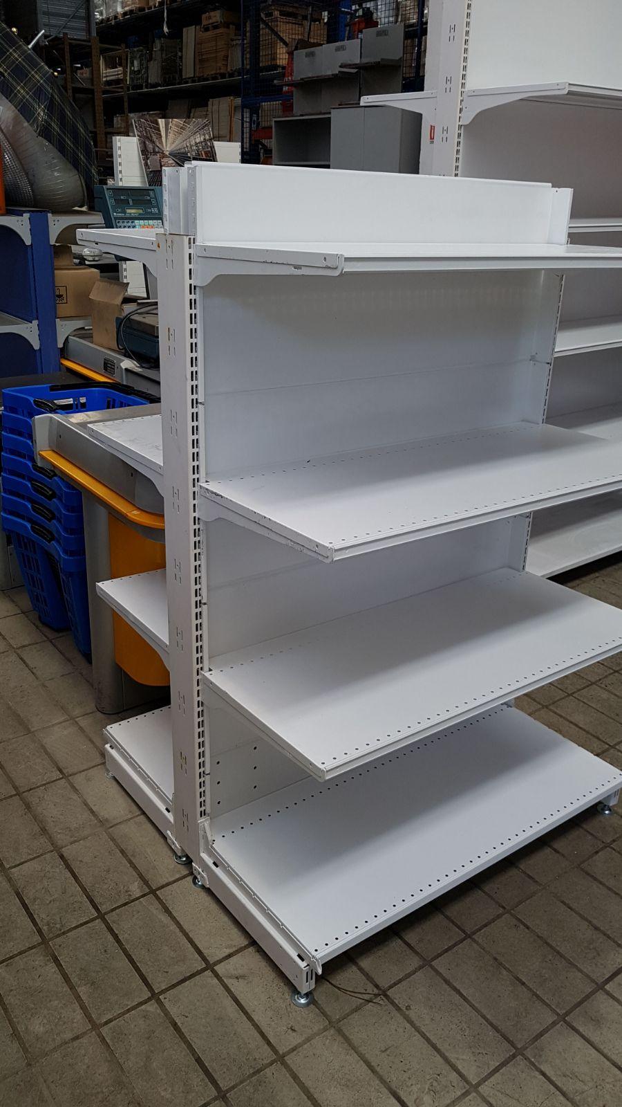 Scaffalatura usata per negozio tipo gondola scaffali for Arredamento magazzino